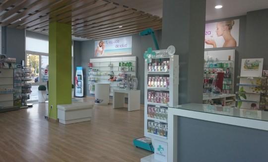 equipamiento-farmacia-isabel-sanchez-2015-02